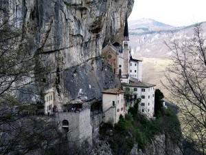 Santuario-Madonna-della-Corona-Ferrara-Monte-Baldo-Foto-121